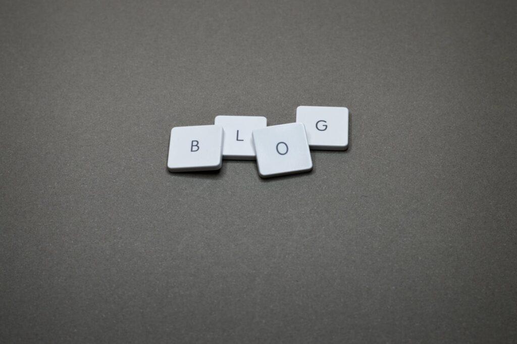 Make money by writing blogs